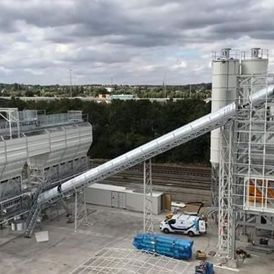 THE BIGGEST WET CONCRETE BATCHING PLANT IN WEMBLEY/LONDON